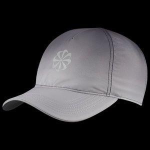 NIKE Aerobill Featherlight Sportswear Dri Fit Hat